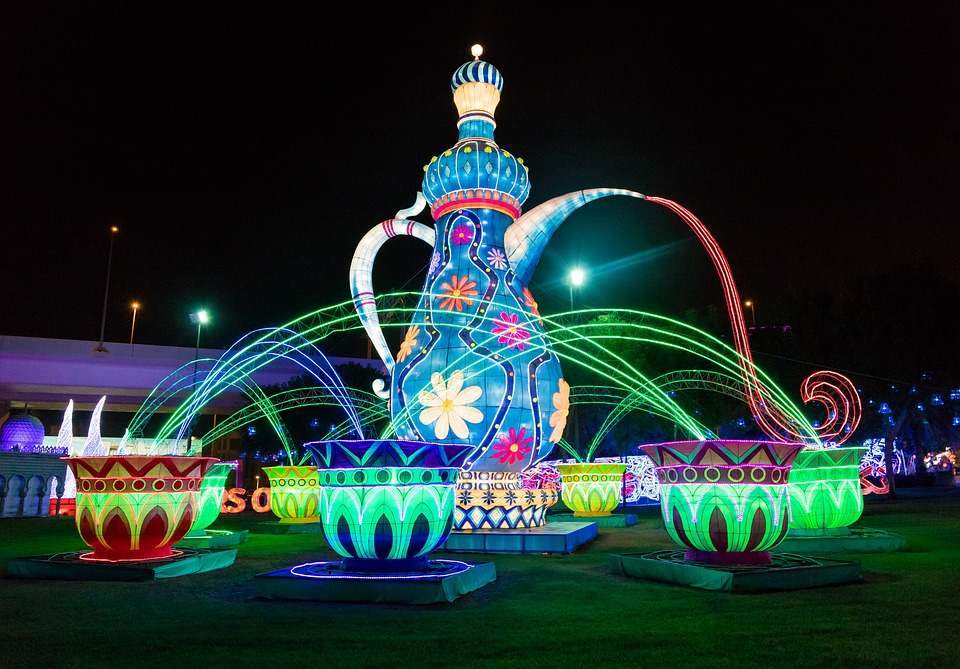 2 Days in Dubai garden glow