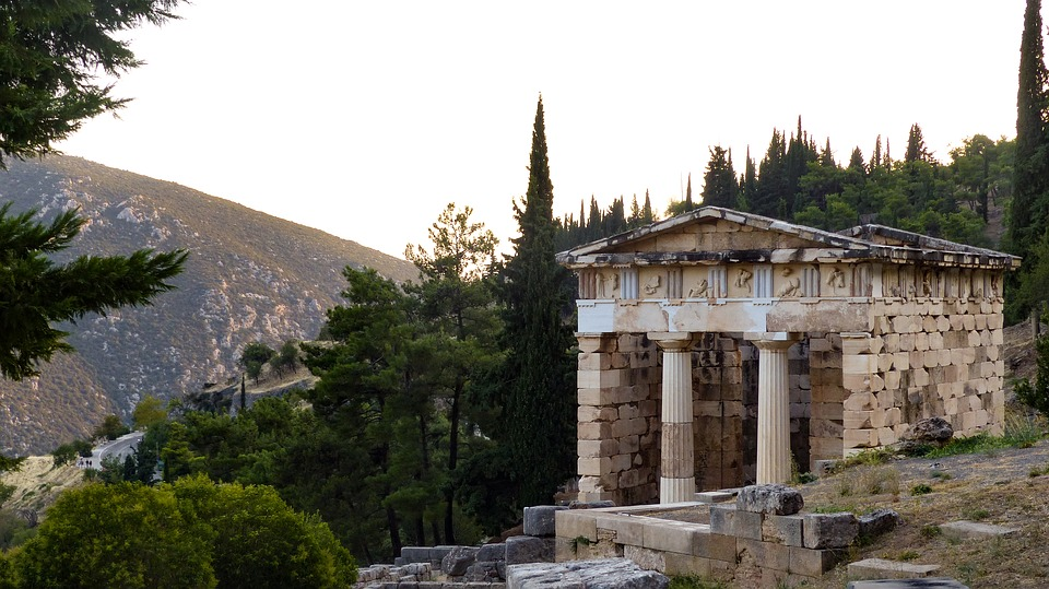 Delphi Greece 10 days itinerary