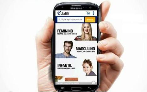 27d2035f A verajista virtual de moda Dafiti acaba de lançar seu aplicativo para  celulares com sistema operacional Android. O lançamento dá prosseguimento à  ...