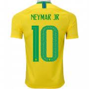 4763be9279 Dois golpes pelo WhatsApp prometem camisas da seleção brasileira de ...