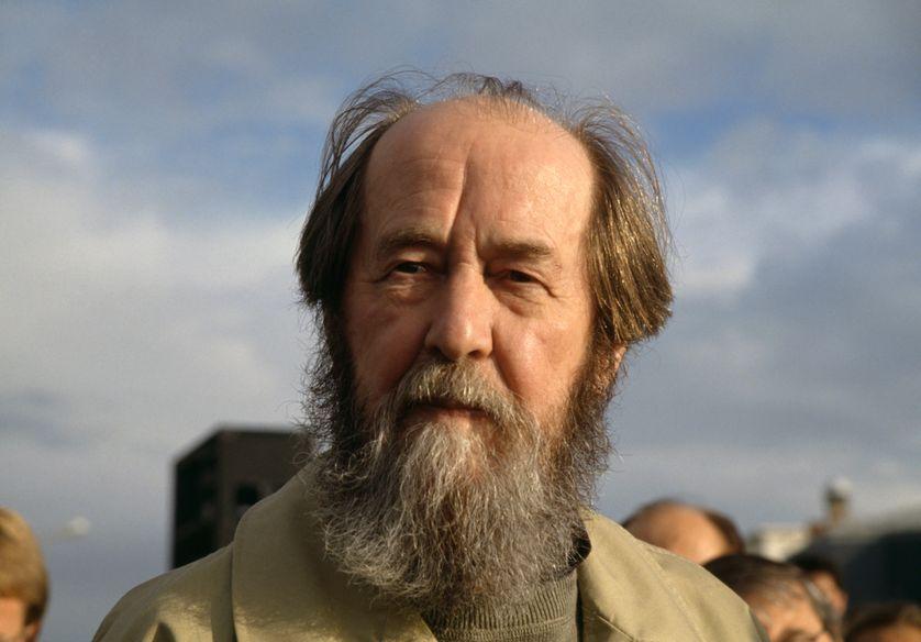Alexandre Soljenitsyne: Tác phẩm – Con Người Và Cuộc Đời