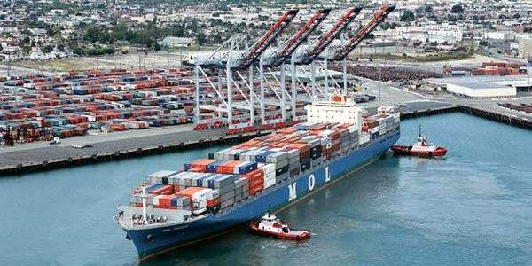 الموانئ التجارية في الباهاما