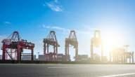 ما هي مواصفات ميناء دوالا وميناء تيكو في الكاميرون