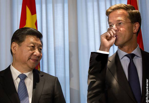 "<span style=""color: #ff0000;"">Foto:</span><span style=""color: #333333;""> 'Mark Rutte wordt vader'</span>"