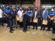 ATESTIGUA KARLA RUIZ MACFARLAND ENTREGA DE BICICLETAS Y CAMISAS A POLICÍA TURÍSTICA..5