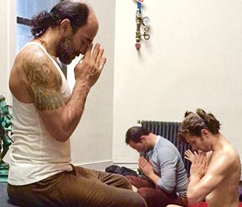 Clase de Yoga. Foto: Carla García.