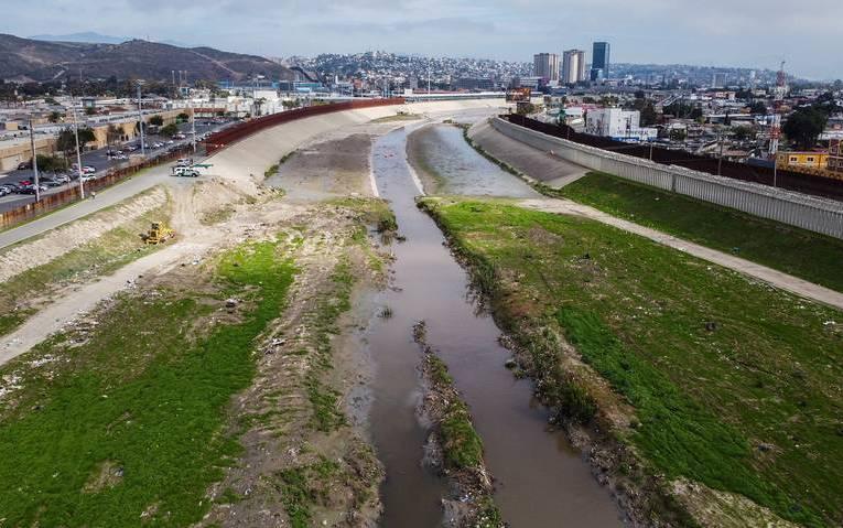 México solucionó derrame de drenaje a Imperial Beach. Temporalmente