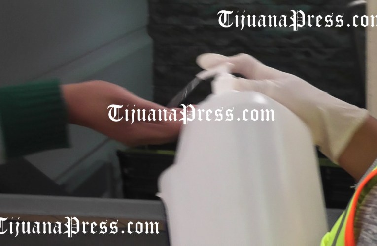 Chile ya vacunó a la mitad de su población… México apenas a 5%