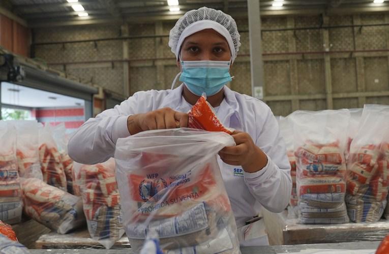 Las sanciones a Venezuela y el COVID-19 exacerban las crisis sociales y económicas que ya existían, asegura Bachelet
