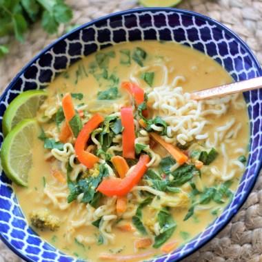 thai curry noddle soup