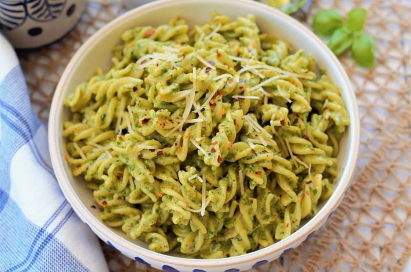 Creamy Jalapeño Spinach Pesto Pasta