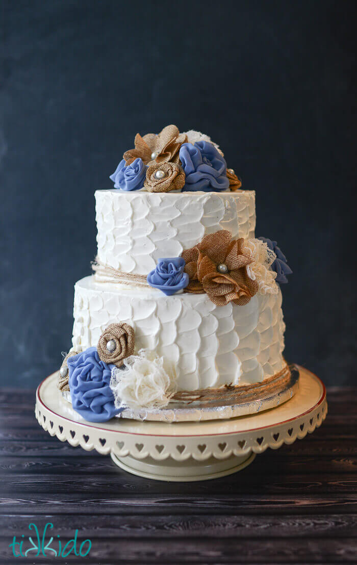 Rustic Burlap and Lace Flower Wedding Cake   Tikkido com Like this small wedding cake I made for Hayley and John  who are getting  married this week  Hayley s sister made the fabric flowers used to decorate  the