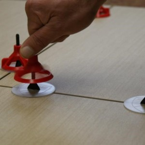 spin doctor reusable anti lippage tile leveling system