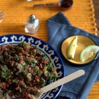 melanzane speziate all'aceto balsamico, riso rosso e nuovi inizi