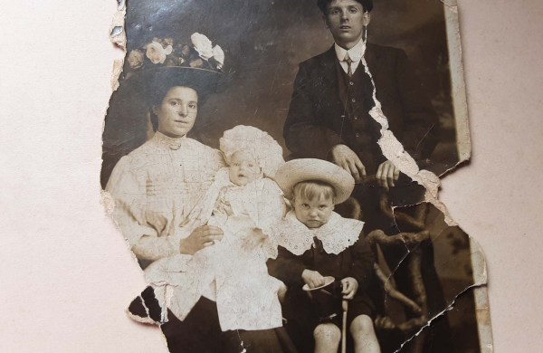 Migration Welsh family
