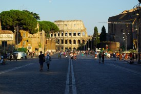 Rom: Via Ei Fori Imperiali Kolosseum