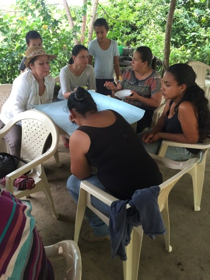 womens-group-costa-rica