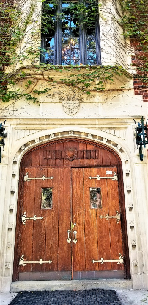 The grand entrance to Morgan Park Academy Alumni Hall