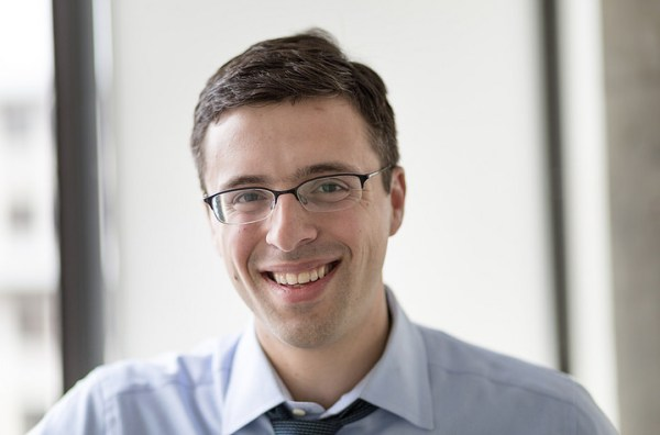 Ezra Klein — From College Blogger to Political Powerhouse (#208)