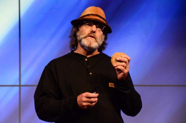 Paul Stamets — How Mushrooms Can Save You and (Perhaps) the World (#340)