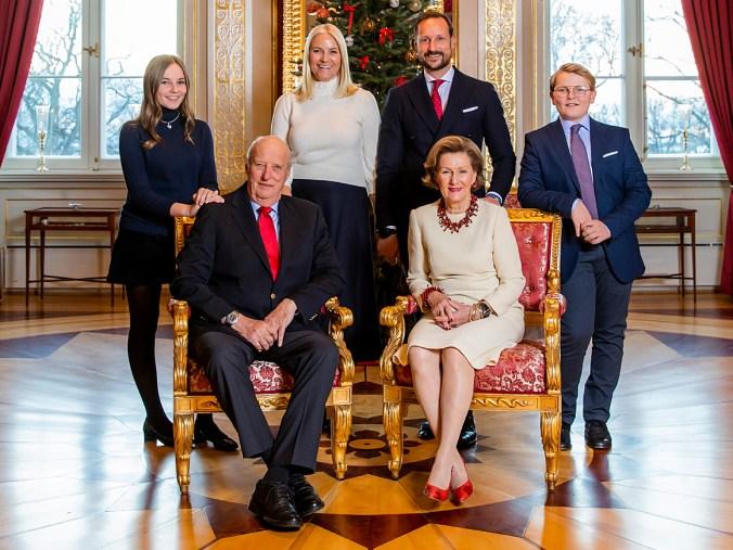 Kuningasperhe_joulu (HåkonMosvoldLarsen_NBT scanpix)