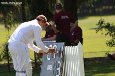 cricket-at-point-0003