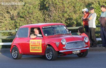 Rock n Hop Car Parade 00452