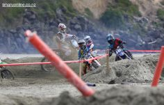 Beach Motocross 00107