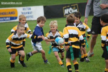 Junior Rugby Kicks Off 00149