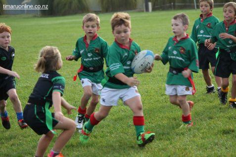 Junior Rugby Kicks Off 00188