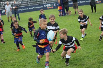 Junior Rugby Kicks Off 00429