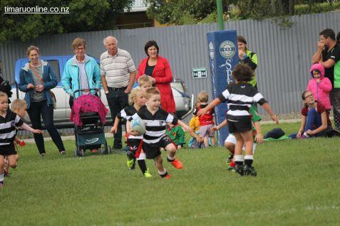 Junior Rugby Kicks Off 00449