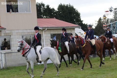 Mackenzie Show Grand Parade 0130