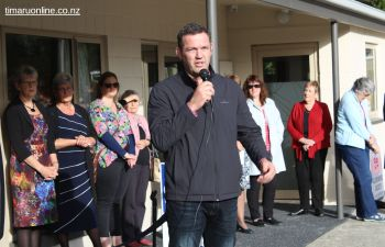 """Reuben Thorne, former All Black captain and """"Champion for Dementia"""" congratulates Diane Nutsford and her team for the transformation and development of the Park Centre complex."""
