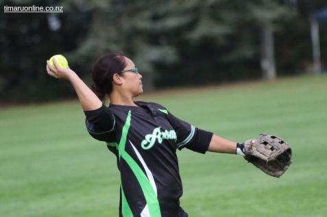 Womens Softball 0023