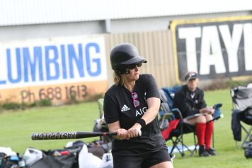 Womens Softball 0132