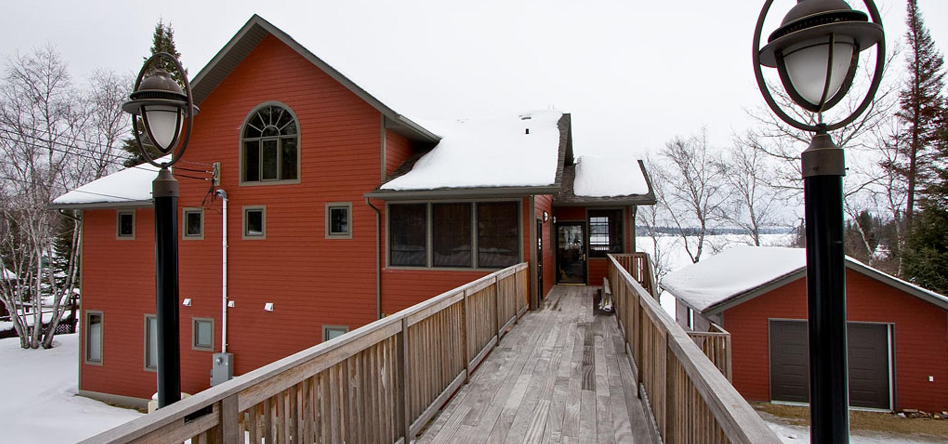 Pointe Du Bois Cabin