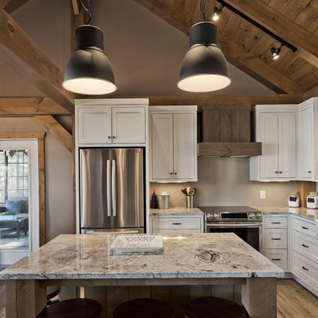 Caddy Lake kitchen