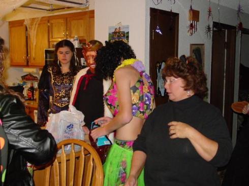 20051029_TT_HalloweenParty_8