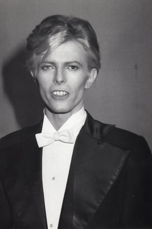 David-Bowie-March-1-1975-e1445183147439.jpg