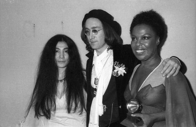 Yoko OnoJohn LennonRoberta Flack