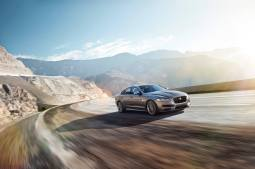 Jaguar XF Sport (3)