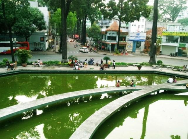 Hồ con Rùa - địa điểm yêu thích của giới trẻ