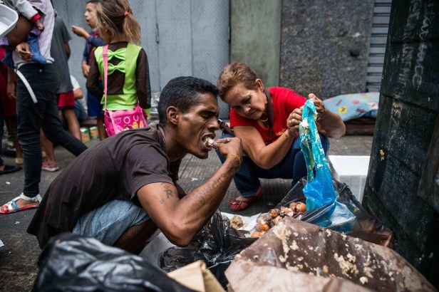 Venezuela: Local Photographers Capture Economic Collapse