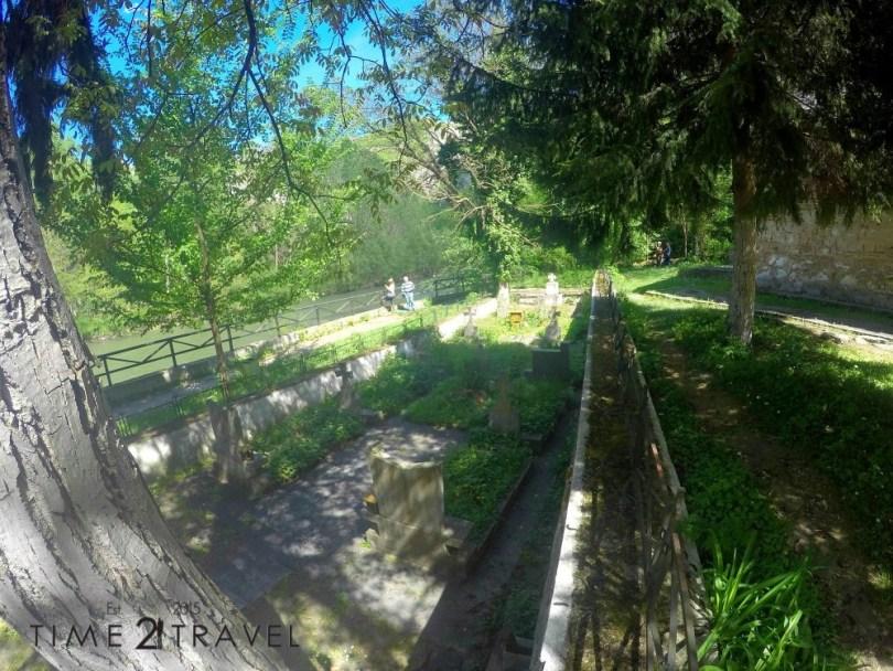 Гробът на Пимен Зографски