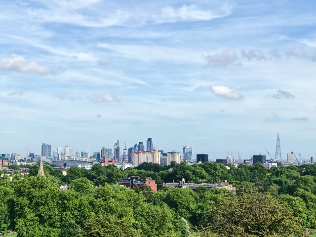 Primrose Hill, Picnic, London, Tourist hotspot, the Shard, Cheesegrater, Walkie Talkie, Guerkin