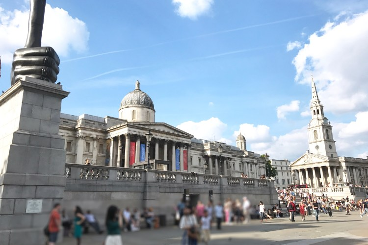 National Gallery, London, tourists