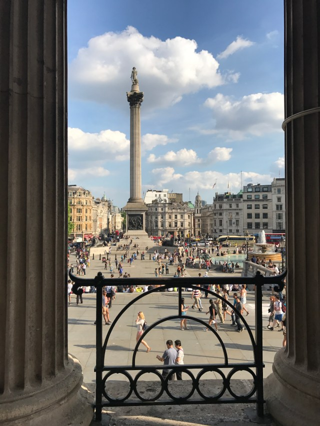 Trafalgar Square, London, Tourist, day trips