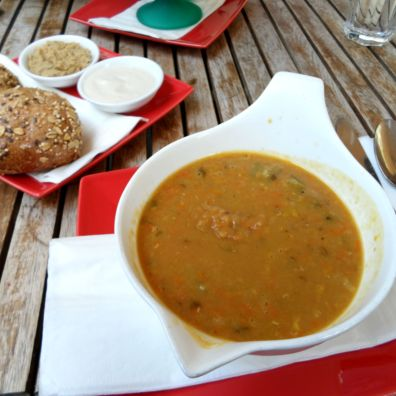 Nelly Kitchen: Lentil Soup