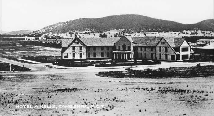 Ainslei Hotel, Canberra in 1930, became the first Rex hotel in 1950.